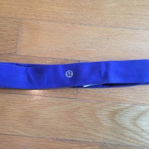 2 Lululemon headbands → pink and blue